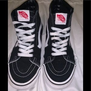 High top black and white Vans